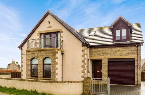Snaptrip - Last minute cottages - Quaint Portgordon Rental S13454 -