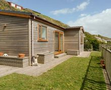 Snaptrip - Last minute cottages - Wonderful Millbrook Cottage S77855 -