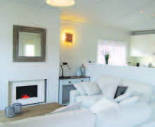 Snaptrip - Last minute cottages - Delightful North Walsham Lodge S78020 -