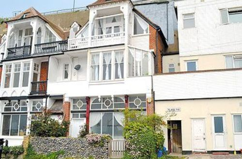 Snaptrip - Last minute cottages - Charming Broadstairs Cottage S13554 -