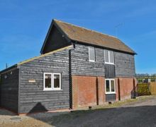 Snaptrip - Holiday cottages - Captivating Canterbury Cottage S13586 -