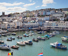 Snaptrip - Last minute cottages - Lovely Brixham Apartment S33635 -