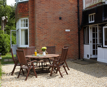 Snaptrip - Last minute cottages - Excellent Bouldnor Cottage S37264 -