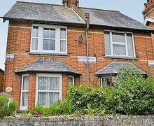 Snaptrip - Last minute cottages - Excellent Folkestone Cottage S13632 -