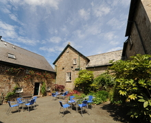 Snaptrip - Last minute cottages - Captivating Bridgerule Cottage S44316 -