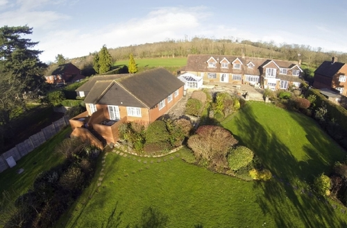 Snaptrip - Last minute cottages - Charming Tunbridge Wells Cottage S13668 -