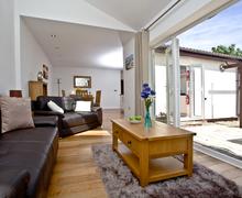 Snaptrip - Last minute cottages - Inviting East Devon Cottage S59439 -