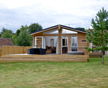 Snaptrip - Last minute cottages - Lovely Bradford Abbas Lodge S59516 -