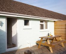 Snaptrip - Last minute cottages - Gorgeous Seaview Cottage S76124 -