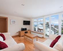 Snaptrip - Last minute cottages - Stunning Brixham Cottage S76146 -