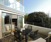 Snaptrip - Last minute cottages - Beautiful Bournemouth Apartment S76166 -