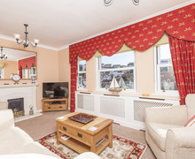 Snaptrip - Last minute cottages - Adorable Brixham Cottage S76176 -