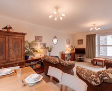 Snaptrip - Last minute cottages - Excellent Barbican Apartment S76195 -