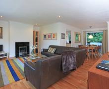 Snaptrip - Last minute cottages - Quaint Salcombe Cottage S76244 -
