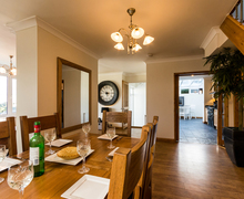 Snaptrip - Last minute cottages - Delightful Broadsands Cottage S76243 -