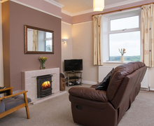 Snaptrip - Last minute cottages - Attractive Oxenhope Cottage S76267 -