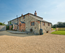 Snaptrip - Last minute cottages - Tasteful Billingham Cottage S76355 -