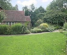 Snaptrip - Last minute cottages - Excellent Arundel Cottage S13802 -