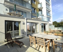 Snaptrip - Last minute cottages - Stunning Bournemouth Apartment S76513 -