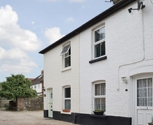 Snaptrip - Last minute cottages - Luxury Arundel Cottage S13810 -