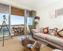 Snaptrip - Last minute cottages - Attractive Stonehouse Apartment S76551 -