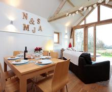 Snaptrip - Last minute cottages - Charming Bradford Abbas Cottage S76664 -
