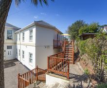 Snaptrip - Last minute cottages - Excellent Paignton Apartment S76740 -