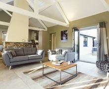 Snaptrip - Last minute cottages - Luxury Flexbury Cottage S76842 -