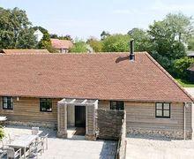 Snaptrip - Holiday cottages - Tasteful Bognor Regis Cottage S13866 -