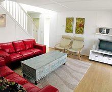 Snaptrip - Last minute cottages - Exquisite Bognor Regis Cottage S13874 -