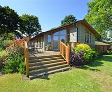 Snaptrip - Last minute cottages - Captivating Weybourne Rental S11827 - Exterior View 1