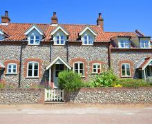 Snaptrip - Last minute cottages - Attractive Stiffkey Rental S11833 - Exterior