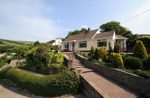 Snaptrip - Last minute cottages - Quaint Ilfracombe Sanna S1214 - Villa Sanna, Combe Martin
