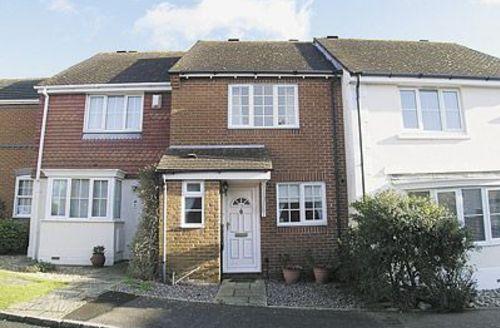 Snaptrip - Last minute cottages - Delightful Chichester Cottage S13916 -