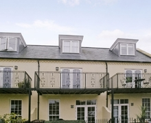 Snaptrip - Holiday cottages - Lovely Chichester Cottage S13920 -