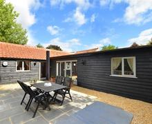 Snaptrip - Last minute cottages - Stunning Norwich Rental S11710 - Exterior