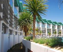 Snaptrip - Last minute cottages - Inviting Westward Ho! Apartment S78758 - BEACHO - External Complex - View 1