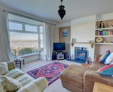 Snaptrip - Last minute cottages - Exquisite Appledore Cottage S45333 - BEECHL - Sitting Room - View 2
