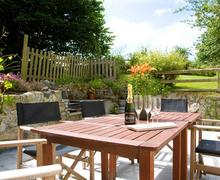 Snaptrip - Last minute cottages - Stunning St Columb Cottage S42918 - Patio