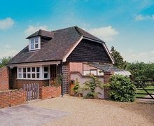 Snaptrip - Last minute cottages - Gorgeous Uckfield Cottage S14029 -