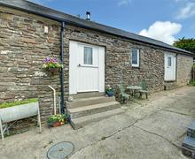 Snaptrip - Last minute cottages - Stunning Morwenstow Cottage S42828 - External - View 1