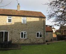 Snaptrip - Last minute cottages - Inviting Thorpeness Cottage S70859 - Exterior