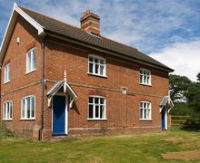 Snaptrip - Last minute cottages - Beautiful Minsmere Rental S10210 - Exterior - View 1