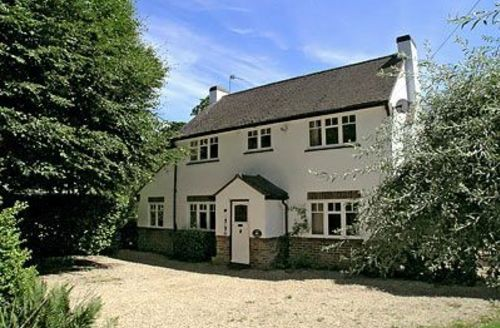 Snaptrip - Last minute cottages - Superb Burley Cottage S14077 -