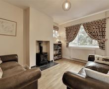 Snaptrip - Last minute cottages - Captivating Thorpeness Cottage S70841 - Sitting Room