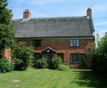 Snaptrip - Last minute cottages - Wonderful Leiston Rental S10101 - Exterior - View 3