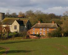 Snaptrip - Last minute cottages - Captivating Bruisyard Cottage S75153 - Church View and the Church