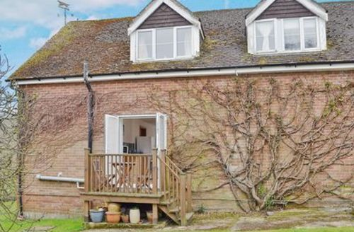 Snaptrip - Last minute cottages - Wonderful Southampton Cottage S14142 -