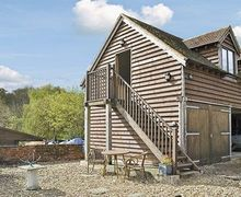 Snaptrip - Last minute cottages - Inviting Southampton Cottage S14146 -
