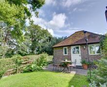 Snaptrip - Last minute cottages - Wonderful Steyning Rental S10464 - WSX711 Exterior